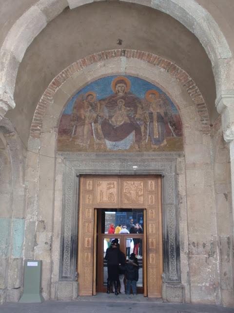 фото внутри грузинского храма