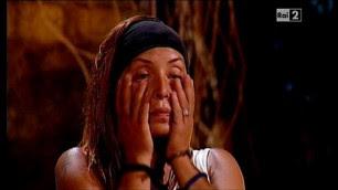 Guendalina eliminata in lacrime isola9