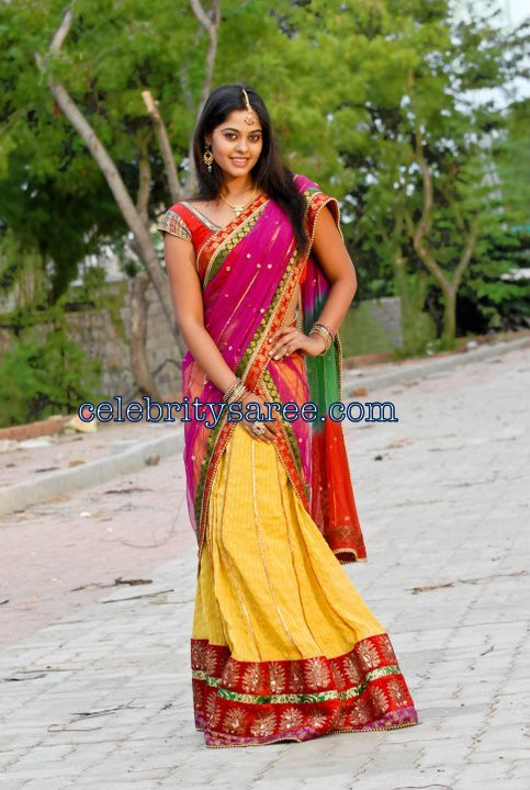 Half Saree Designers in Hyderabad http://www.celebritysaree.com/2011/05/bindhu-madhavi-in-gorgeous-designer.html