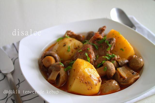 düdüklüde mantarlı etli patatesli kebap