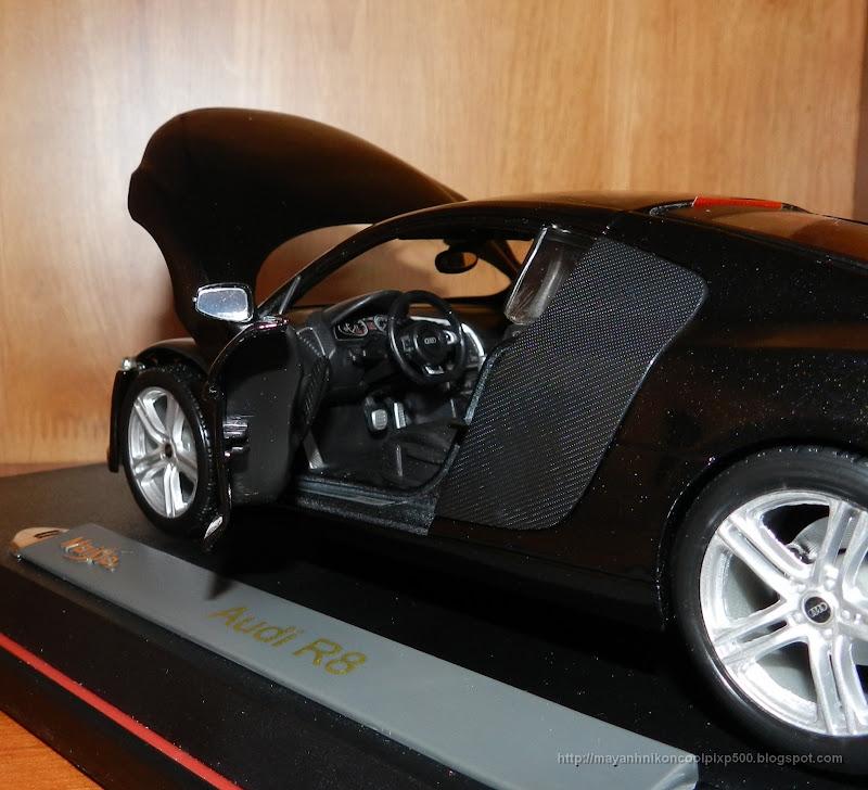 Diecast 1:18 Audi R8 door