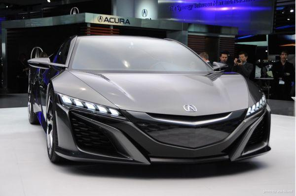 2017 Acura NSX Powertrain and Specs