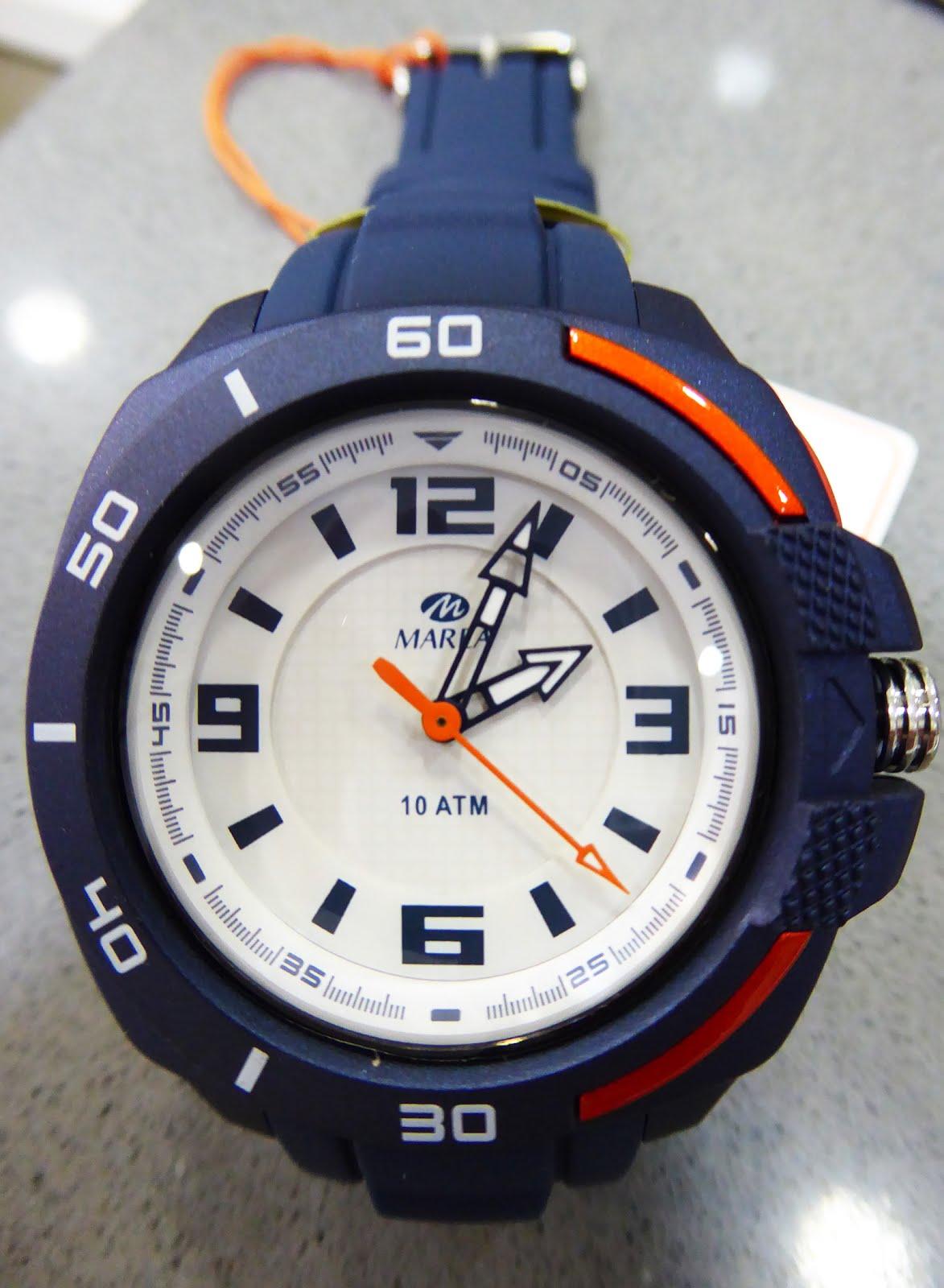 Reloj Marea, con luz, Sumergible 10 atm