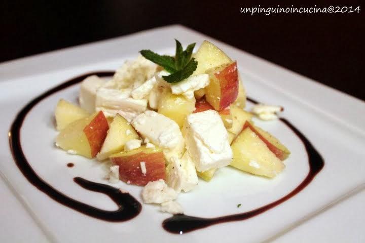 insalatina di mele e feta con glassa al balsamico