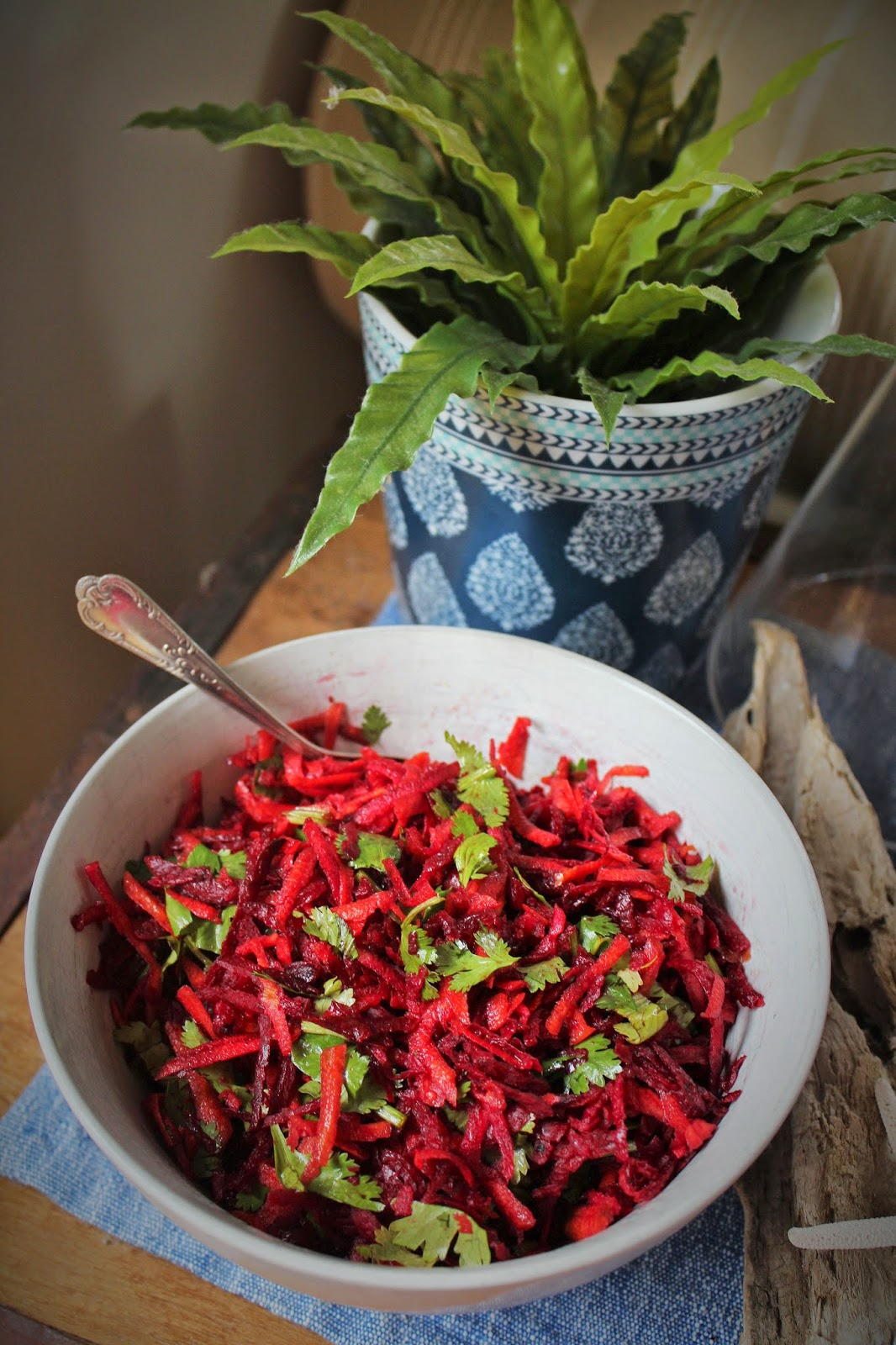 Coastal styling and craft ideas desire empire - Raw Beetroot Carrot Apple And Coriander Salad
