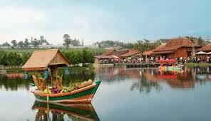 Pasar apung Floating Market Lembang Bandung