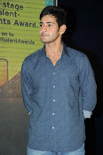 Mahesh Babu At Idea Student Awards-thumbnail-11