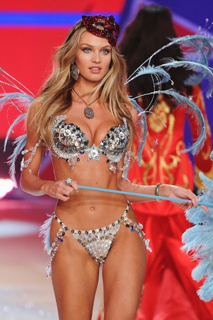 Candice Swanepoel Victoria's Secret Fashion Show in NewYork 7 November 2012