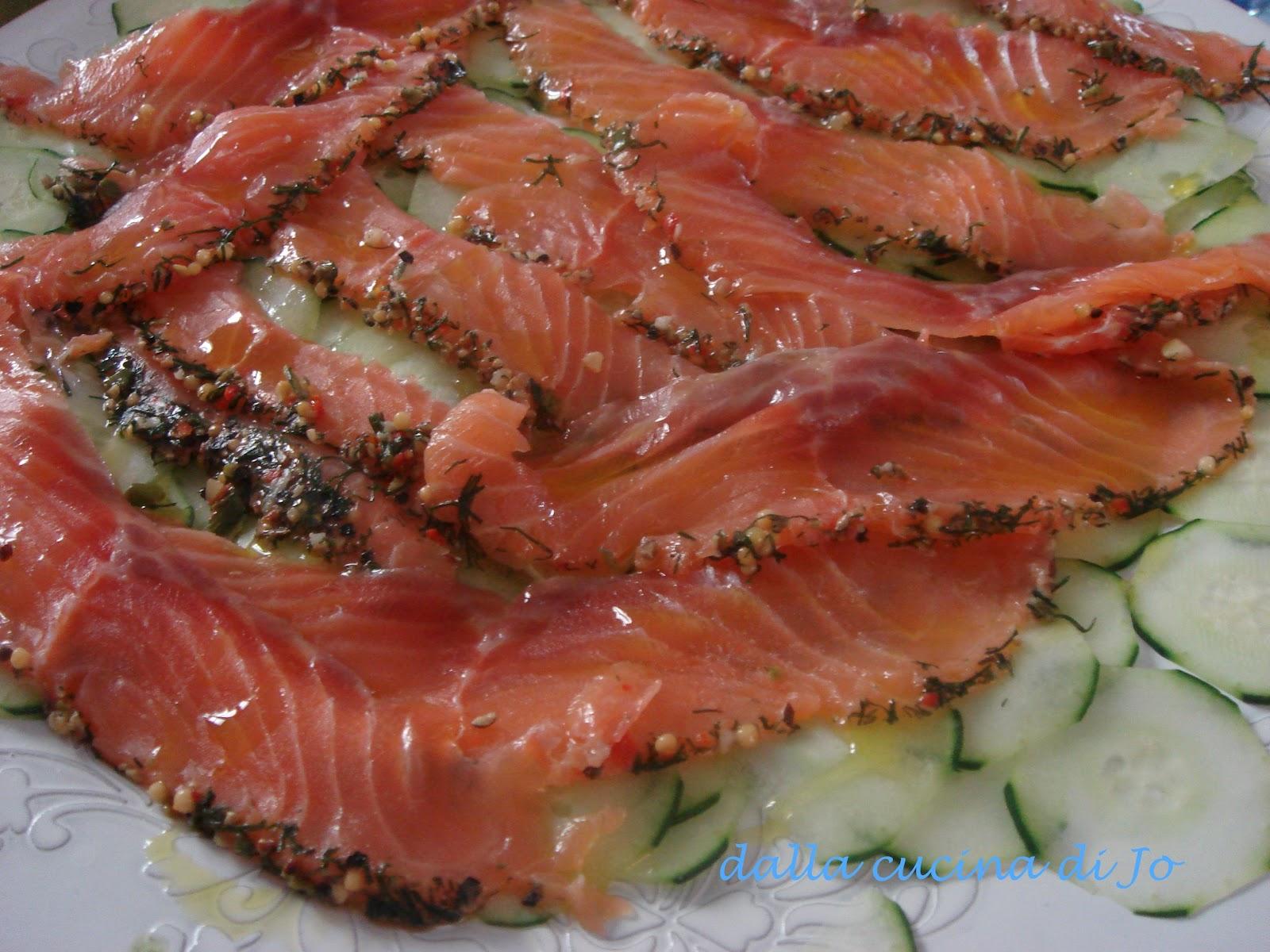 39 39 dalla cucina di jo 39 39 salmone norvegese marinato e cetrioli for Cucina norvegese
