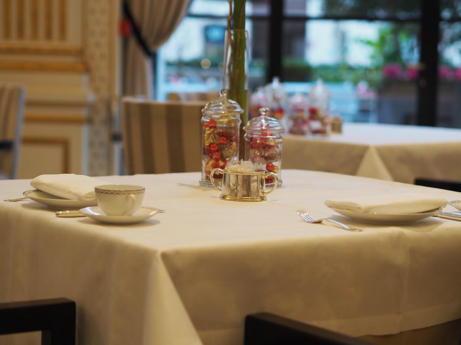 Peninsula Hotel, Paris, Afternoon Tea table