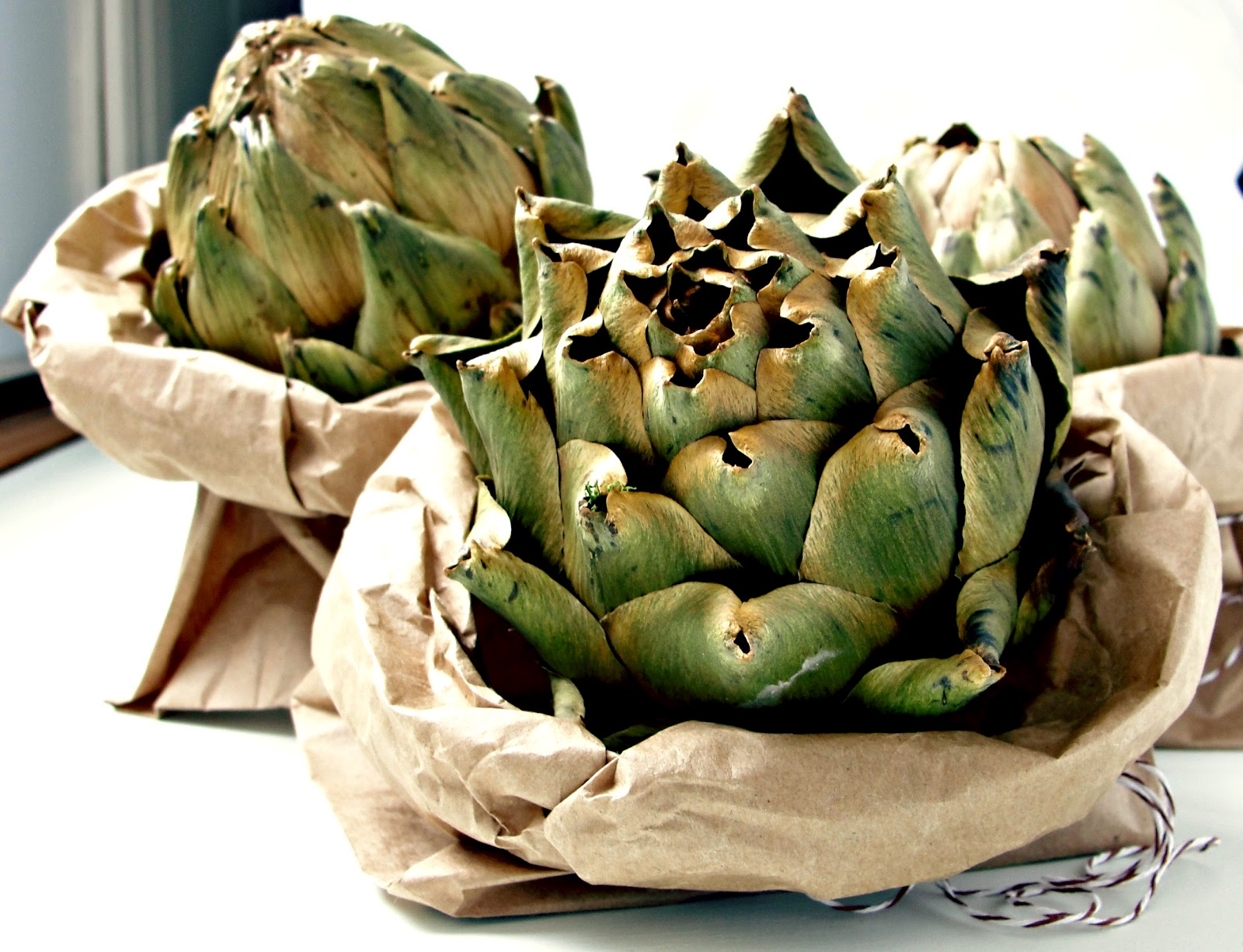 Putting down roots diy dried artichokes for Artichoke decoration