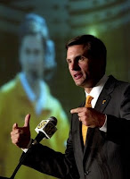 Tennessee players dressed like Derek Dooley at SEC Media Days.