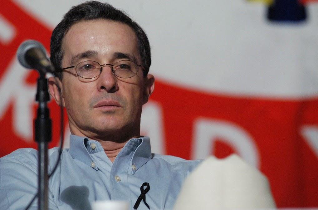 Seremos fieles a nuestras convicciones de Patria no a la trampa vencedora: Presidente Uribe