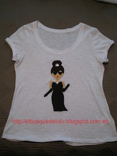 camiseta-customizada-fieltro-audrey