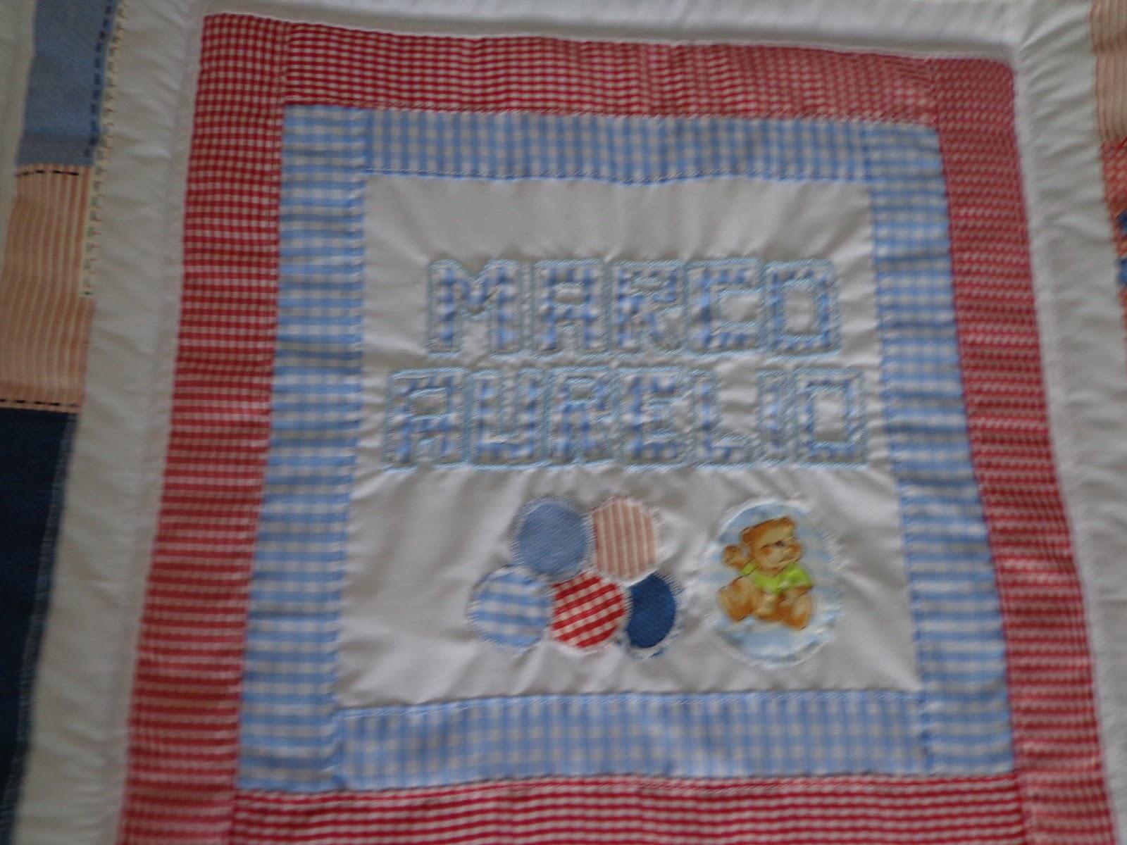 Creaciones amar un acolchado en patchwork con bordado en relieve - Acolchados en patchwork ...
