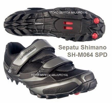 Sepatu Sepeda Shimano M064