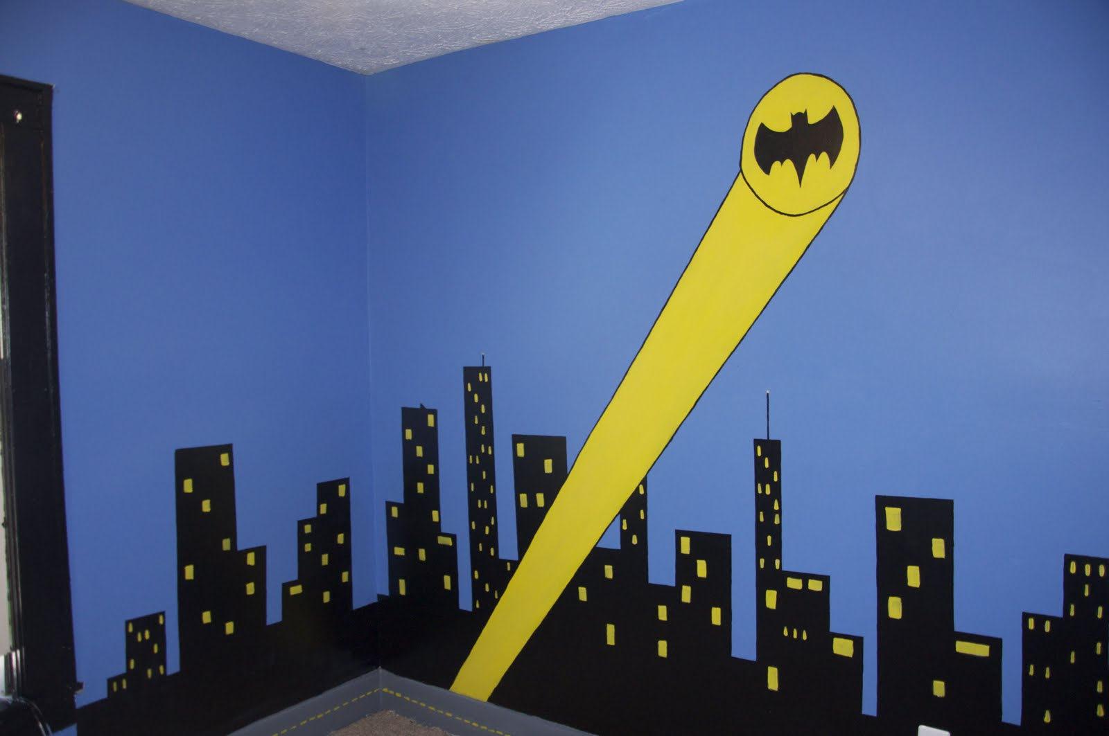 Sleeping in gotham city a batman bedroom for Batman wall mural