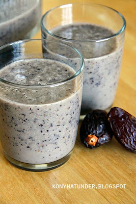 blueberry_date_smoothie