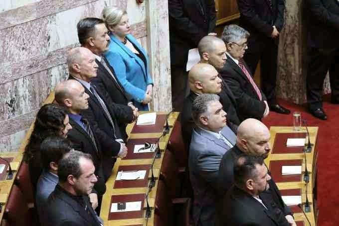 Ορκίστηκαν οι 17 Εθνικιστές βουλευτές της Χρυσής Αυγής - Φωτορεπορτάζ