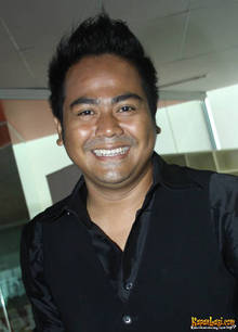 Pemain Film Nenek Gayung The Movie 2012