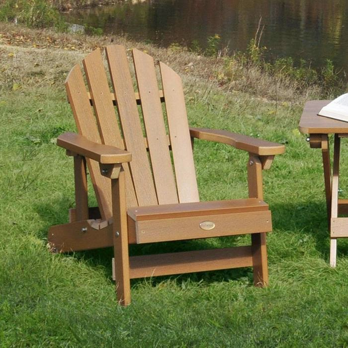 Adirondack chairs the living legend of outdoor furniture for Outdoor furniture quebec