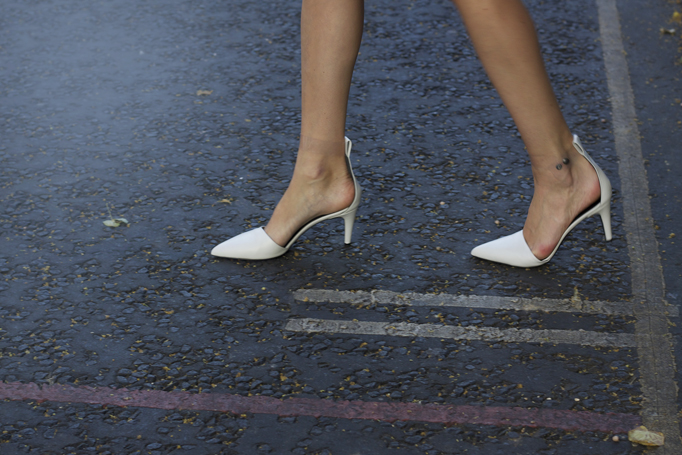 COTR - Tibi white pumps