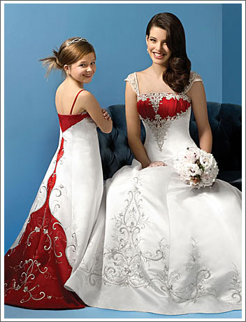 Luxury wedding fashion wedding gowns with color accents for Wedding dress with color accent