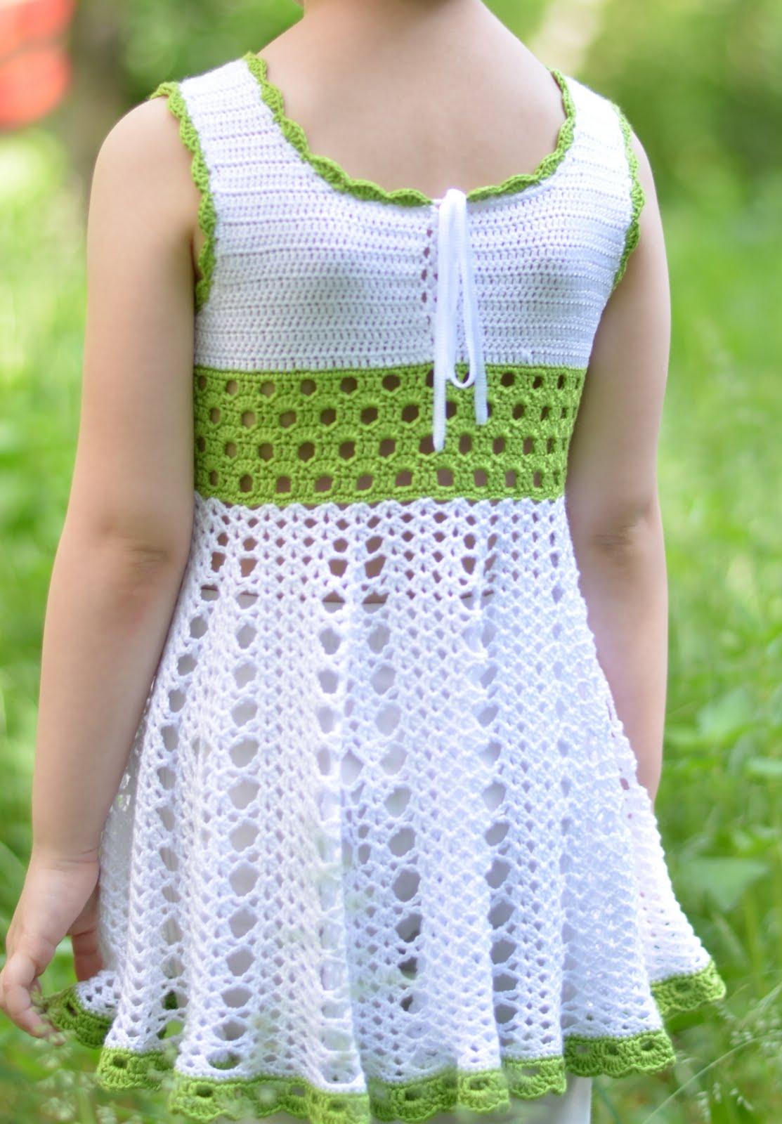 Платье крючком для девочки 4 лет фото