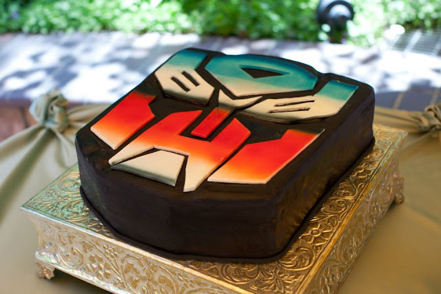 Disneyland wedding - Brisa Courtyard - Transformers Groom Cake! {Katie Keller Photography}