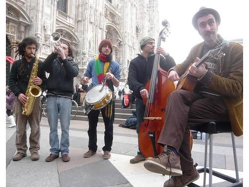 Figli di Pulcinella in concerto gratis venerdì 31 maggio al Bar Doria Milano