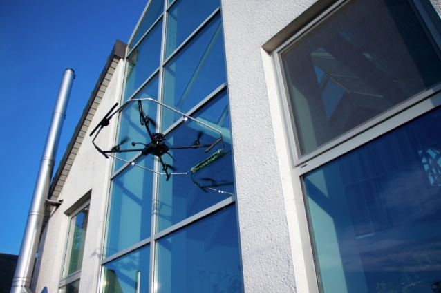 Robinson solutions professional window cleaning drones for Window washing