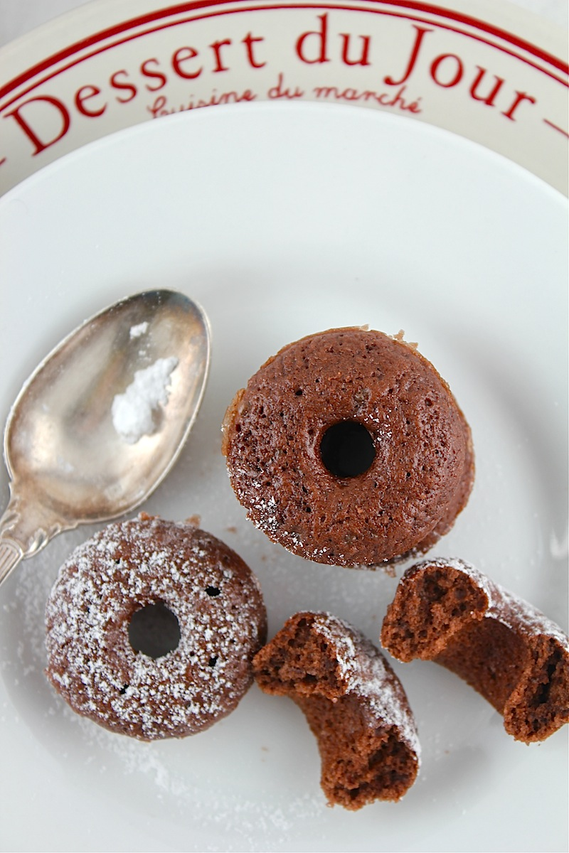 Life's a feast: Mini Baked Chocolate Cinnamon Donut Bites