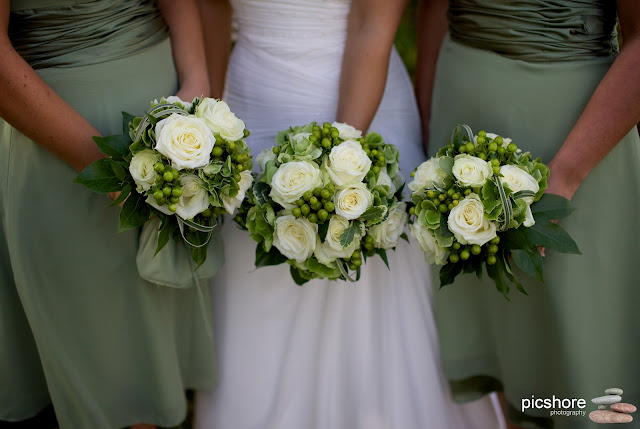 wedding flowers cornwall wedding picshore photography saltash cornwall wedding photographer