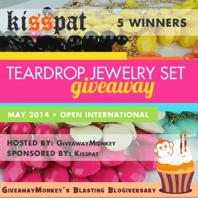 Teardrop Fashion Jewelry Set Worldwide Giveaway