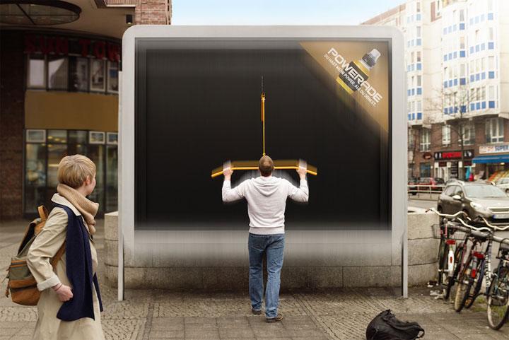 Vallas publicitarias que ponen a prueba tus brazos