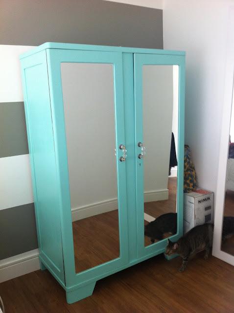 Reforma tudo de bom lenekarmo repaginando for Como modernizar un dormitorio clasico