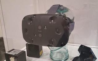 Bộ kính HTC Vive sẽ được phát hành miễn phí