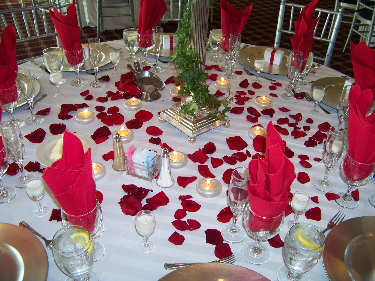 Bridal Party Table Decorations
