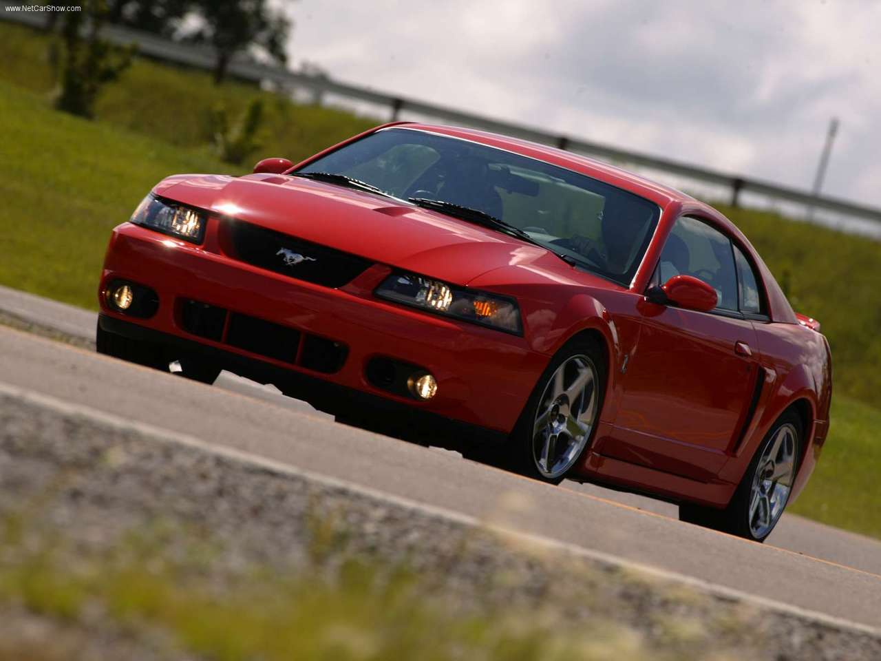 Ford   Populaire fran  ais dautomobiles  2004 Ford Mustang SVT Cobra