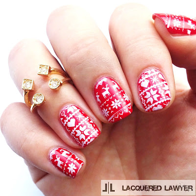 Holiday Sweater Nail Art