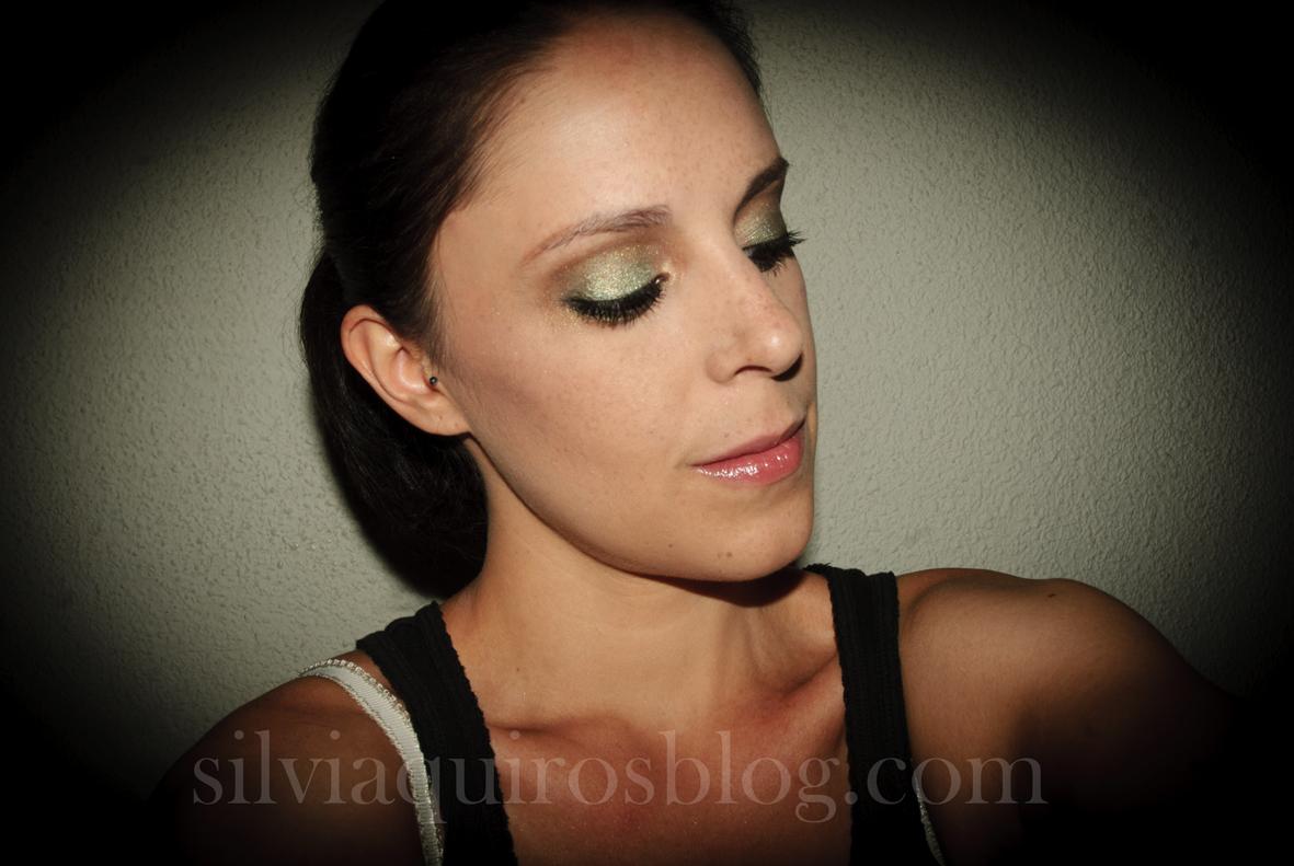 http://3.bp.blogspot.com/-XyOSwkyoQXI/UFFBamOAUHI/AAAAAAAARjI/LgyRyiNGOBI/s1600/scarlett+johansson+verde2.jpg