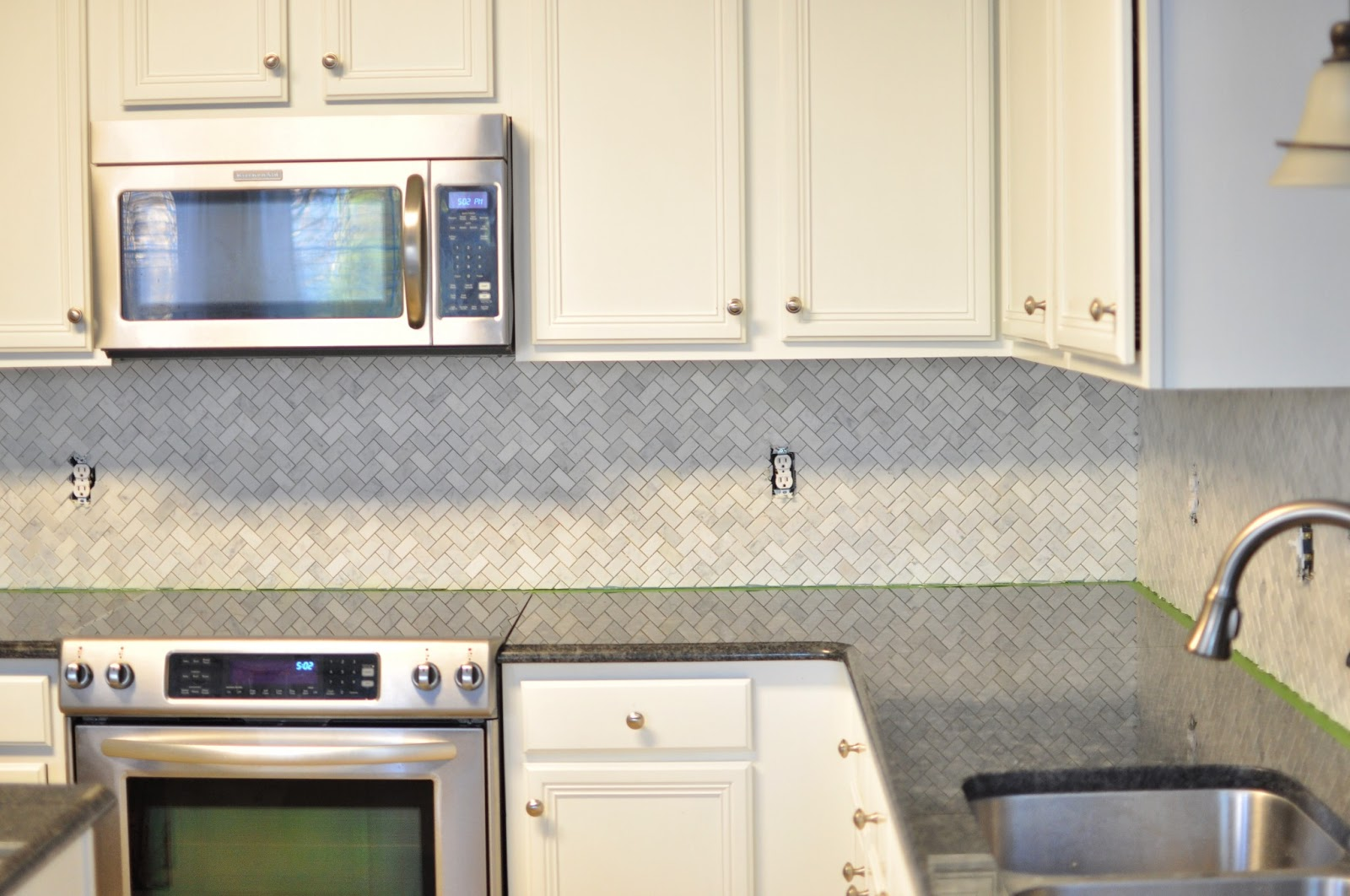 Not so newlywed mcgees tiling our backsplash part 1 dailygadgetfo Images