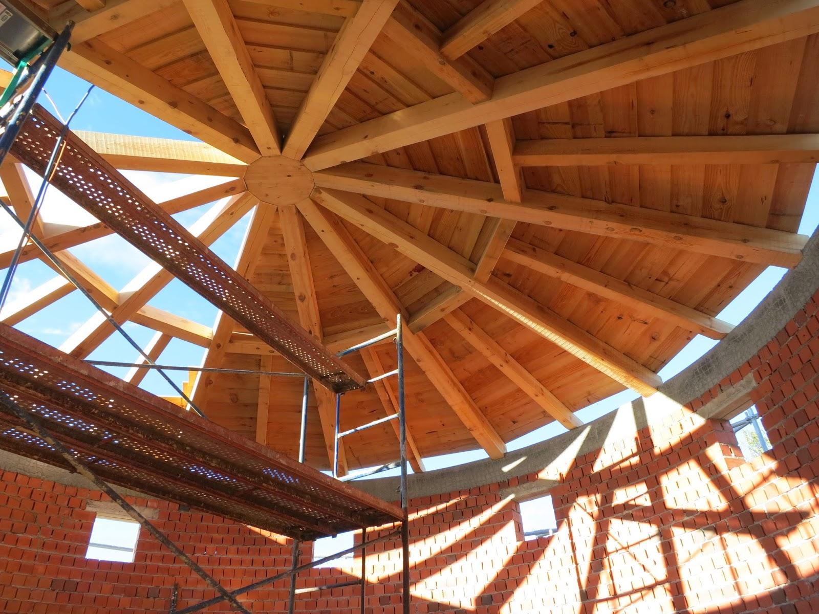 El talon sierte construcci n en segovia estructura de for Tejados de madera rusticos