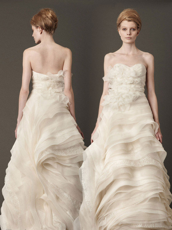 Cheap wedding gowns online blog vera wang fall 2013 for Affordable vera wang wedding dresses