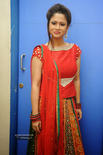 Actress-Shilpa-Chakravarthy-Stills-at-Missed-Call-Movie-Audio-Launch
