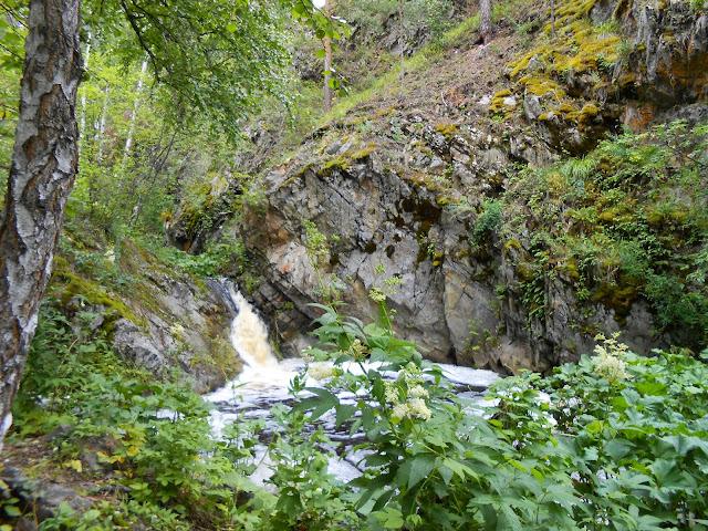 Водопад на Межовке
