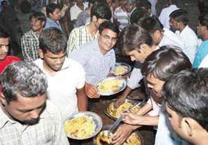 The Telangana BJP has split in its response to the Osmania university beef festival that is proposed to be held on December 10.  Telangana BJP president G Kishan Reddy said on Wednesday that as the beef festival would serve only buffalo meat, BJP would neither support nor oppose it, reports Indian Express.    His stand contradicts the aggressive stand taken by Goshamahal MLA T Raja Singh, who has vowed to stop the festival at all cost.