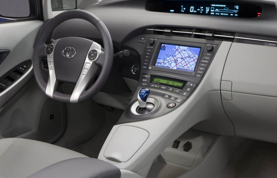 2013 Toyota Prius Z4 Wallpaper And Specs