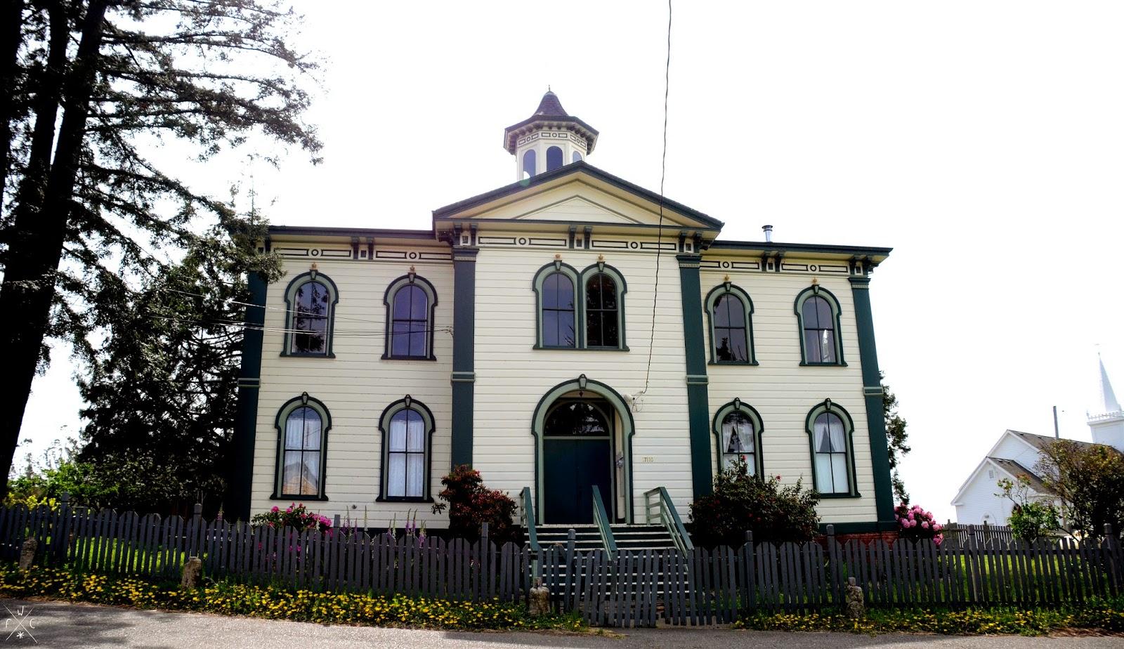 Les Oiseaux d'Alfred Hitchcock - Ecole, Bodega, Californie, USA