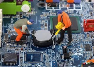 mantenimiento reparación equipos de instituciones educativas